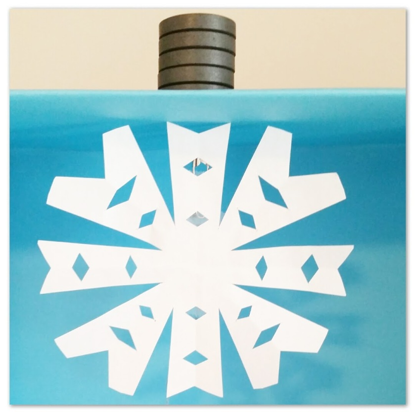 Floating Snowflake: A Science for Fun Activity from Nerd in the Brain | Free Printable from Nerd in the Brain